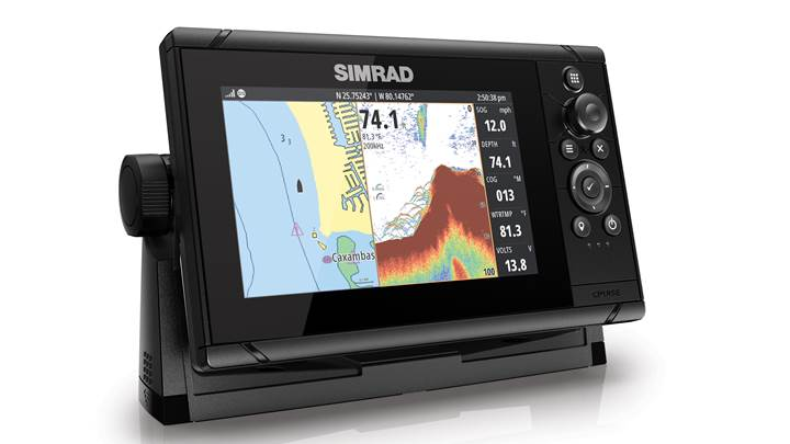 Simrad-Cruise-7-right-facing-split.jpg