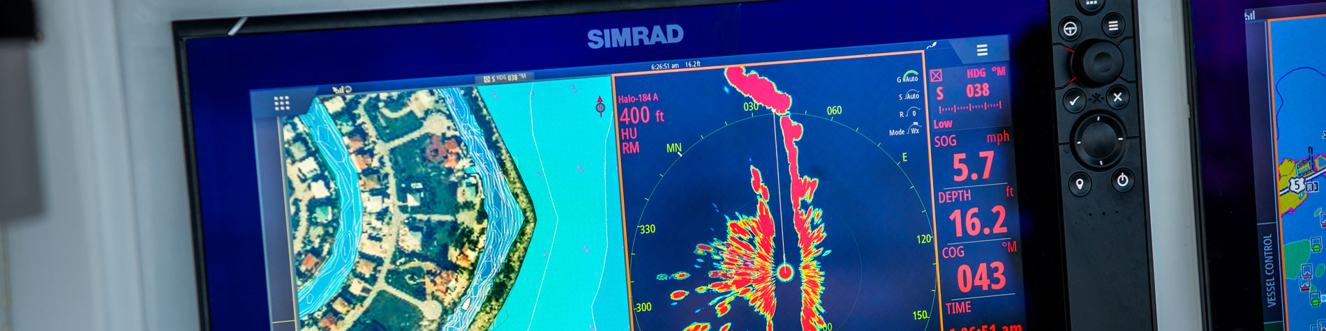 Simrad-NSS-Evo3-Close-Up-4-17.jpg
